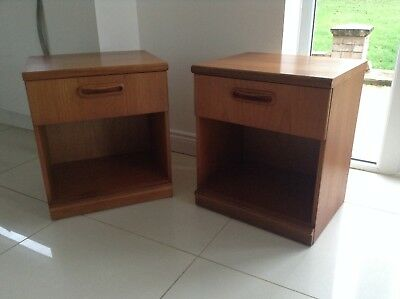 PAIR OF VINTAGE RETRO TEAK MEREDEW BEDSIDE CABINETS/TABLES like G PLAN FRESCO