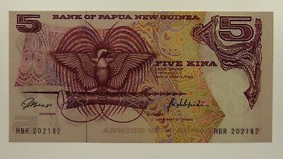 Papua New Guinea 1975 Five Kina Banknote in Extremely Fine Condition