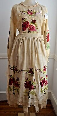 CHARMING VINTAGE 1930s ANTIQUE CROATIAN COSTUME WITH HAND EMBROIDERY SS836