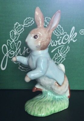 Beswick Beatrix Potter figure, Peter Rabbit gold buttons/back stamp boxed.