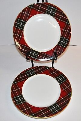 222 FIFTH WEXFORD CHRISTMAS PLAID GOLD RED GREEN DINNER PLATES 4  NEW Dishes