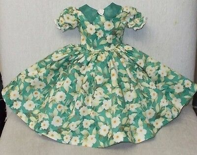 "20""   CISSY   Miss REVLON  FASHION  Clothes  ROMANTIC  FLOWERS  & ORGANDY  DRESS"
