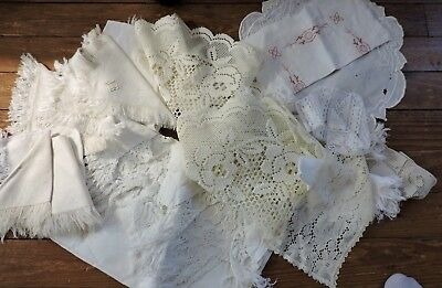Vintage mixed lot of 17 napkins, doilies tablecloth,Damask  & Lace