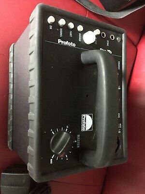 Profoto Pro7 7B Portable Power pack - with one battery and charger.