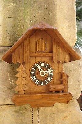 Antico Orologio Cucu' Foresta Nera  Tema Chalet Made In West - Germany