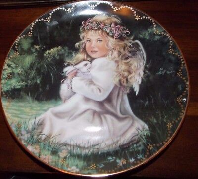 An Angel's Love by Donna Brooks, Collector Plate, Bradford EX  Ltd Edition Bunny