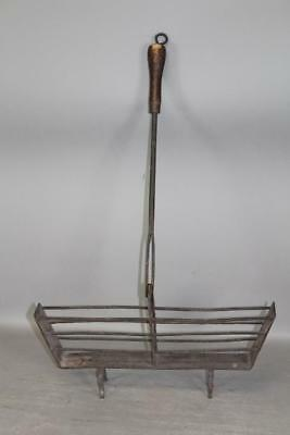A Very Nice 18Th C Wrought Iron Tilting Handle Toaster In The Best Old Surface