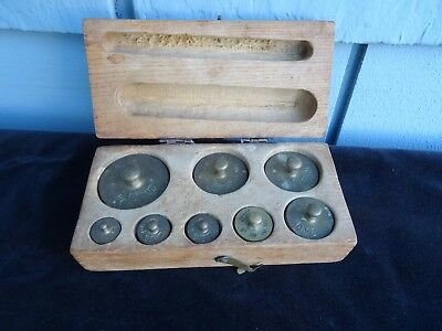 NICE VTG SET OF SCALE WEIGHTS, IN GRAMS & MILLIGRAMS IN WOOD BOX ainsworth