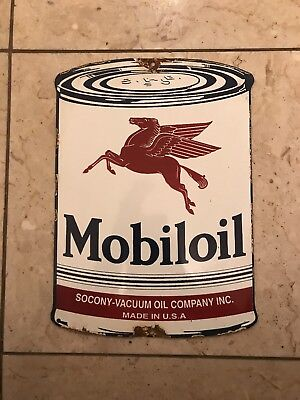 VINTAGE MOBIL OIL Tin metal GAS SIGN-DATED 1940s/50s nos SAE RELIC