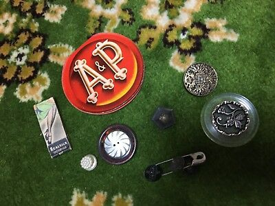 Vintage / Antique Sewing Notions Equipment Needles, buttons, etc.