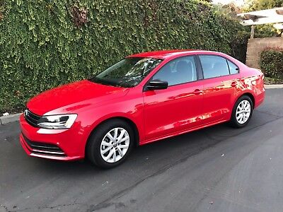 2015 Volkswagen Jetta  2015 Volkswagen Jetta 1.8T SE Clean Manual Shift has Warranty No Reserve NR