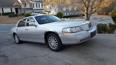 2004 Lincoln Town Car UE Beautiful 2004 Lincoln Town Car Ultimate Edition