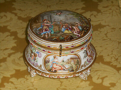 Naples Large Footed Porcelain Box