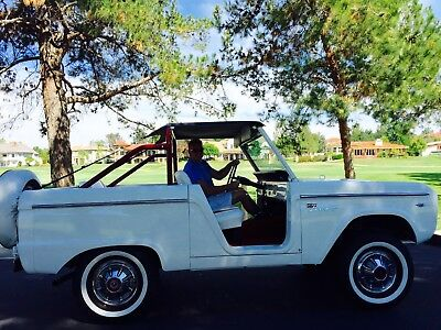 1967 Ford Bronco  1967 Ford Bronco