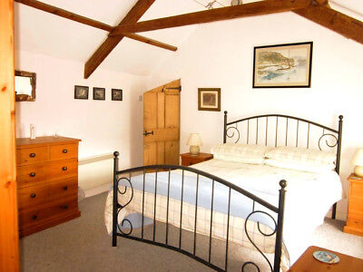 Holiday cottage Marazion, Cornwall 2,3,4 or 5 nights January nr sea beach week