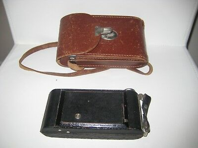 Vintage Folding Brownie with leather case
