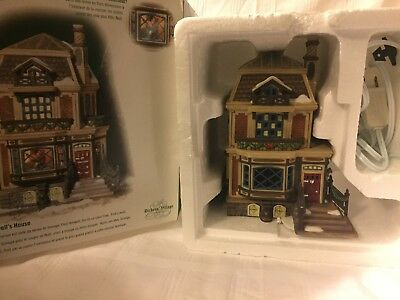 Dept 56 Dickens Village Fred Holiwell's House With 3-D Interior Scene 56.58492