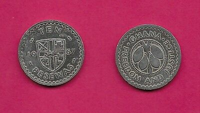 Ghana Rep 10 Pesewas 1967 Xf Cocoa Beans Within Circle,rampant Lion At Center Of