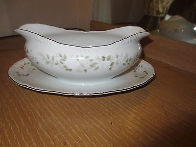 Sheffield  Classic 501 Fine China Gravy Boat With Attached Underplate Japan