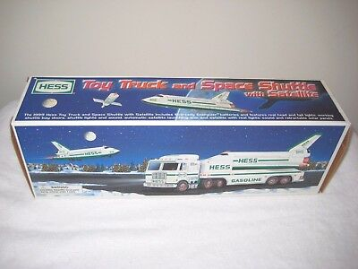 Hess 1999 Toy Truck And Space Shuttle With Satellite New In Box Never Used
