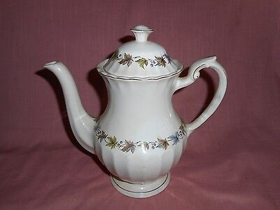 J & G Meakin Classic White 'WOODLAND' Ironstone 5 Cup Coffee Pot Server