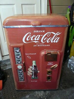 Vintage 1992 Paul Flum Inc Coca Cola Coke Classic Cooler Ice Chest - Needs Work