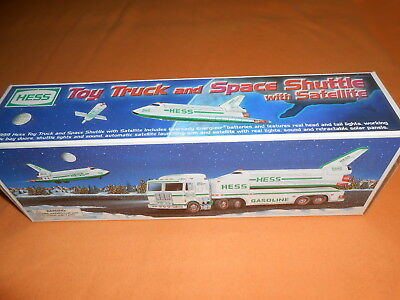 1999 Hess Toy Truck And Space Shuttle  With Satellite  - New In Box