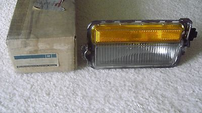 1978-79 Olds Cutlass Cornering & Side Marker Lamp - Nos Gm  # 913663