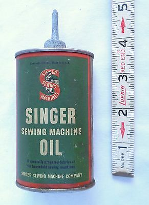 """SINGER Sewing Machine OIL Handy Oiler 3oz Oval """"LEAD TOP IS CORRODED"""" Tin Can"""