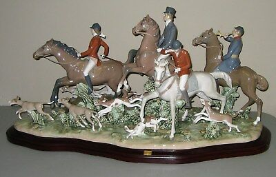 """Lladro Large Limited Edition Figurine 5362 """"FOX HUNT"""" w/Base & COA Sold Out 2014"""
