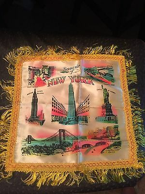 Vintage Souvenir Pillow Case Cover with Views of New York City 12 x 12