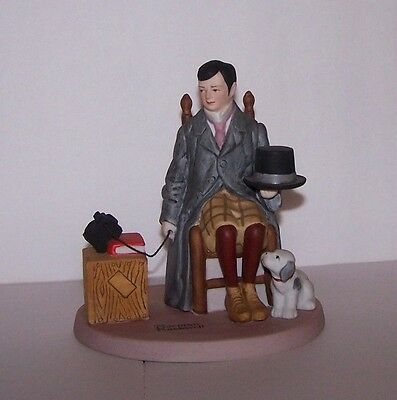 "Norman Rockwell Figurine by Danbury Mint ""Self Portrait"" Excellent Condition"