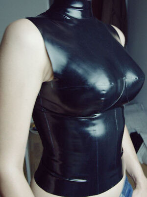 Latex Top mit Cups