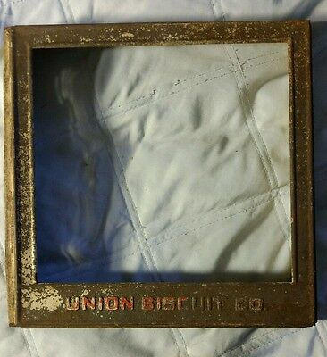 union biscuit Co cracker box cover no glass