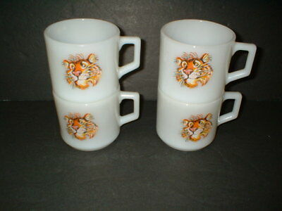 1960S Esso Tiger In Your Tank Milk Glass Coffee Mugs Giveaways