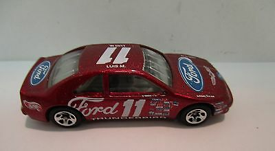 Hot Wheels  Luis M. Racer T-Bird  collectable  Classic    07