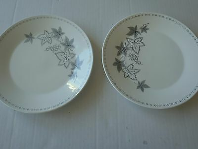 J & G Meakin MAPLEWOOD Dinner Plates Gray and white Lot of 2