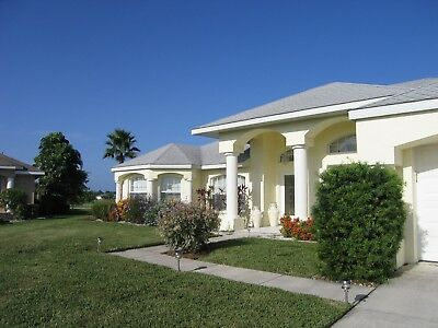 Holiday villas to rent in South West Florida