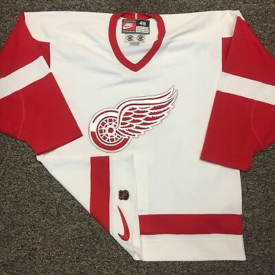 Vintage detroit red Wings Jersey By Nike NHL Center Ice Authentic