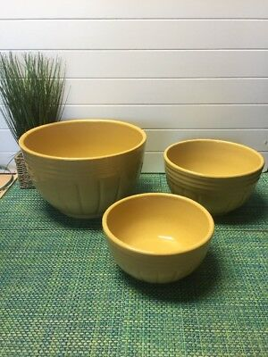 "R.r.p.co. Roseville Ohio Pottery Mixing Bowls #168 ,8"" 10"" & 12"" Euc"