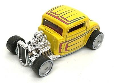 2012 Hot Wheels Boulevard '32 FORD Real Riders Loose 1:64 Diecast Yellow Hot Rod