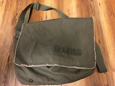 March 29, 2012 Collectable Disney Newsies The Musical Messenger Bag