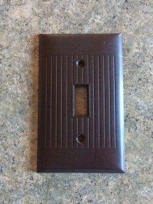Vintage Sierra Electric Art Deco Brown Ribbed Lines Light Switch Cover Plate