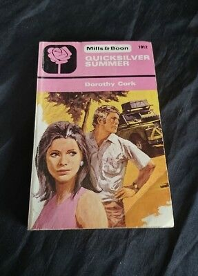 *VINTAGE Retro COLLECTABLE BOOK - MILLS & BOON QUICKSILVER SUMMER Dorothy Cork*