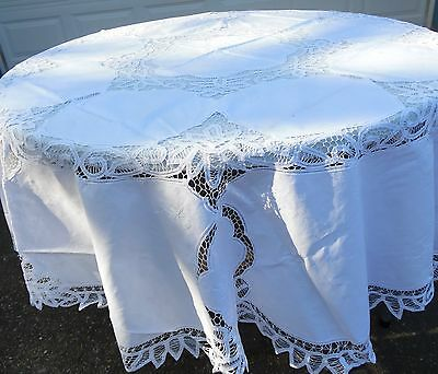 "90 x 90"" Round Cotton Battenburg Lace Tablecloth with 12 Napkins"