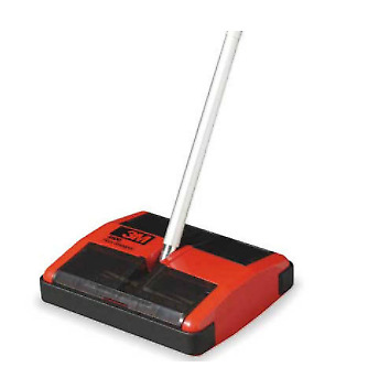 3M 4500 Floor Sweeper, Small 10 in x 8.5 in x 3 in - Red