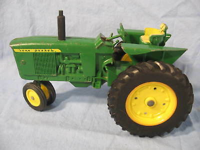 Early 1970's Ertl Die Cast John Deere Model 3030 NF Tractor 1/16