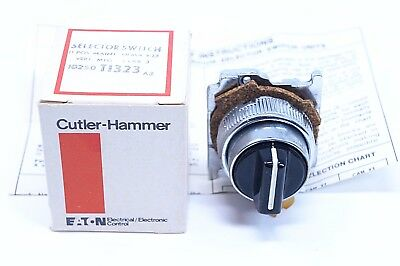 CUTLER HAMMER 10250 T1323 3 Position Selector Switch NEMA 4-13 New old stock