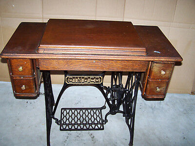 Anyique Vintage Singer Treadle Sewing Machine