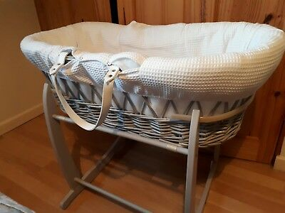 Clair De Lune Padded Grey Wicker Moses Basket & Deluxe Rocking Stand - Waffle...